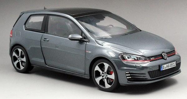 โมเดลรถ โมเดลรถเหล็ก โมเดลรถยนต์ Volkswagen Golf 7 grey 1