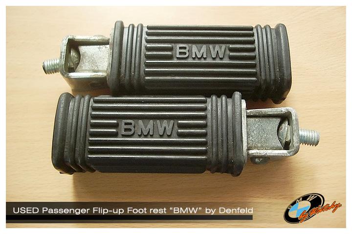 """พักเท้าหลัง แบบพับได้ ทรงสี่เหลี่ยม ตัวหนังสือ BMW เป็นของแท้ผลิตโดย """"Denfeld"""" เป็นของมือสอง สภาพสวยๆ"""