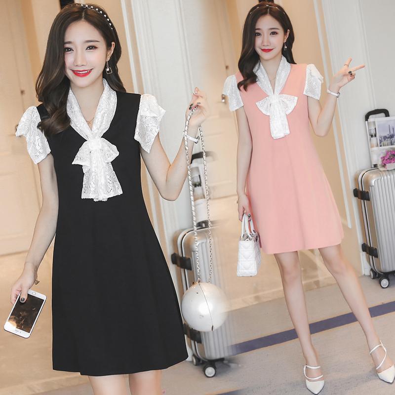 Dress4057 ชุดเดรสทรงปล่อยสีพื้น แต่งผ้าลูกไม้สีขาวเนื้อนุ่มช่วงคอและแขน ผ้าเนื้อดีหนาสวยมีน้ำหนักทิ้งตัวยืดขยายได้เยอะ งานสวยเหมือนราคาหลักพัน ผ้านุ่มใส่สบายสุดๆ มี 2 สี ดำ, โอลด์โรส