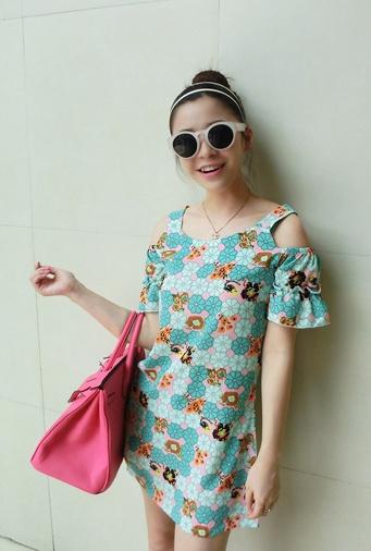 """""""พร้อมส่ง""""เสื้อผ้าแฟชั่นสไตล์เกาหลีราคาถูก เดรสสีเขียวลายดอกไม้ เว้าไหล่ ไม่มีซับใน"""