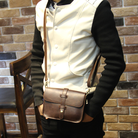 กระเป๋าผู้ชาย | กระเป๋าหนังแฟชั่นชาย กระเป๋าสะพายข้าง แฟชั่นเกาหลี