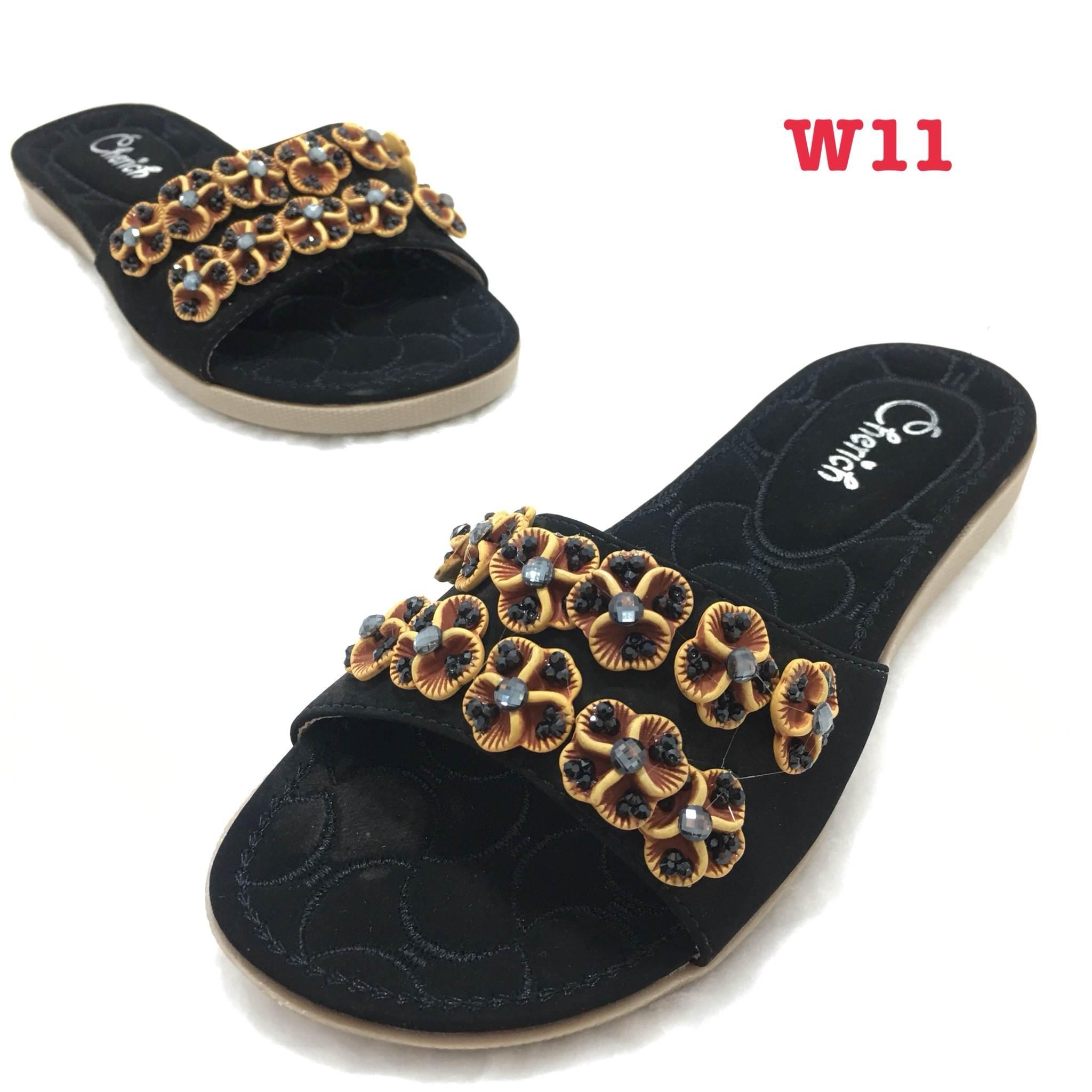 รองเท้าแตะส้นเตี้ยแบบสวมแต่งอะไหล่เพชรด้านหน้า แบรนด์ cavawia