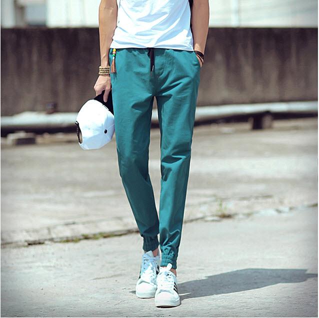 พร้อมส่ง กางเกง Jogger pants สีเขียว ขาจั้ม ใส่สบาย แฟชั่นกางเกงขาจั้มพ์ผู้ชาย Mix and Match กับเสื้อผ้าได้ง่าย