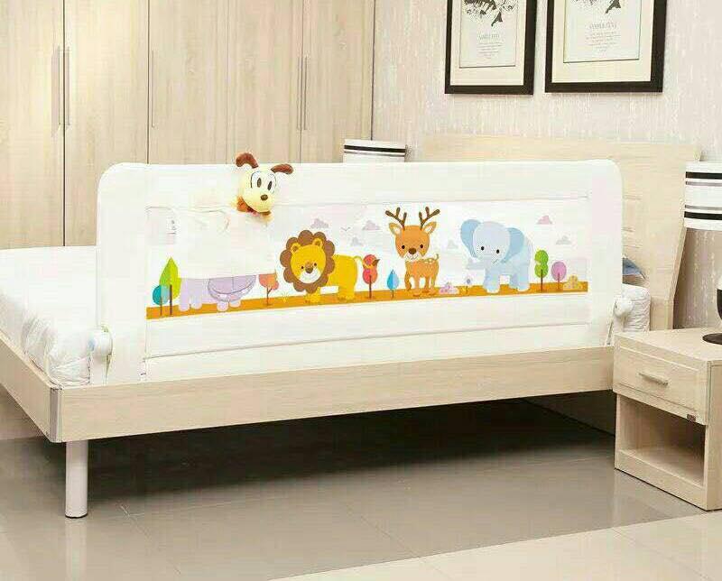 ที่กั้นเตียง ขนาด 5 ฟุต 150*69 เซน *** สีขาว***
