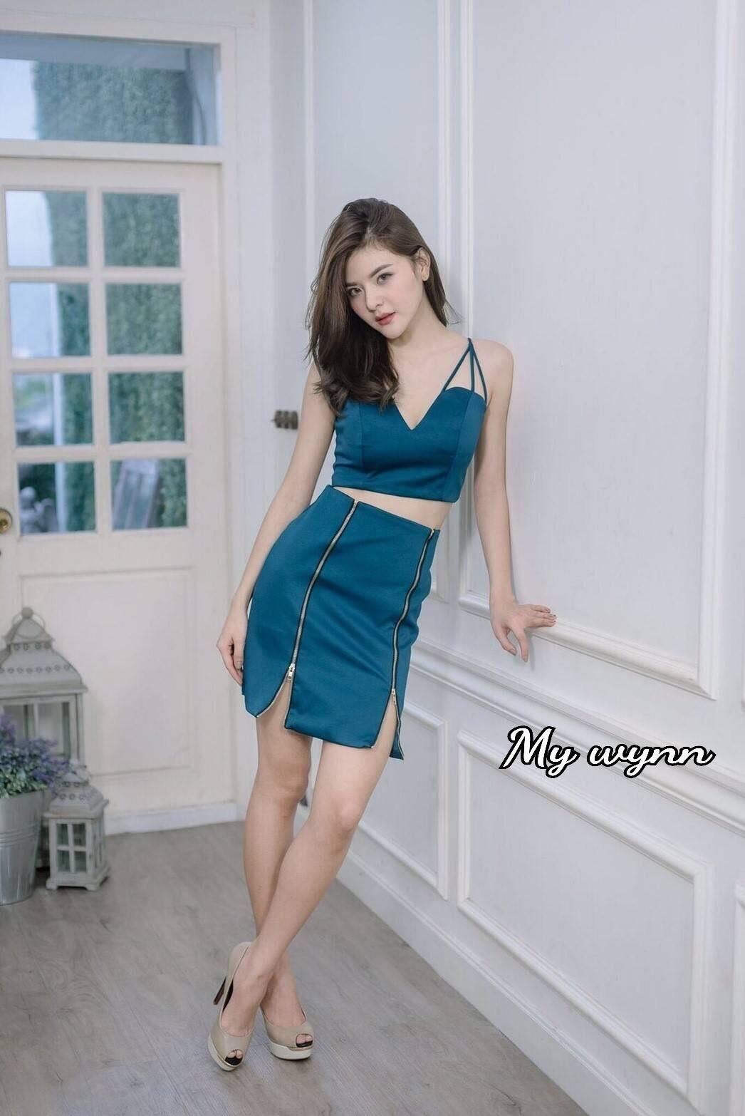 เสื้อผ้าแฟชั่นพร้อมส่งTop+Skirt Set งานเซต Sexy สุดคุ้ม