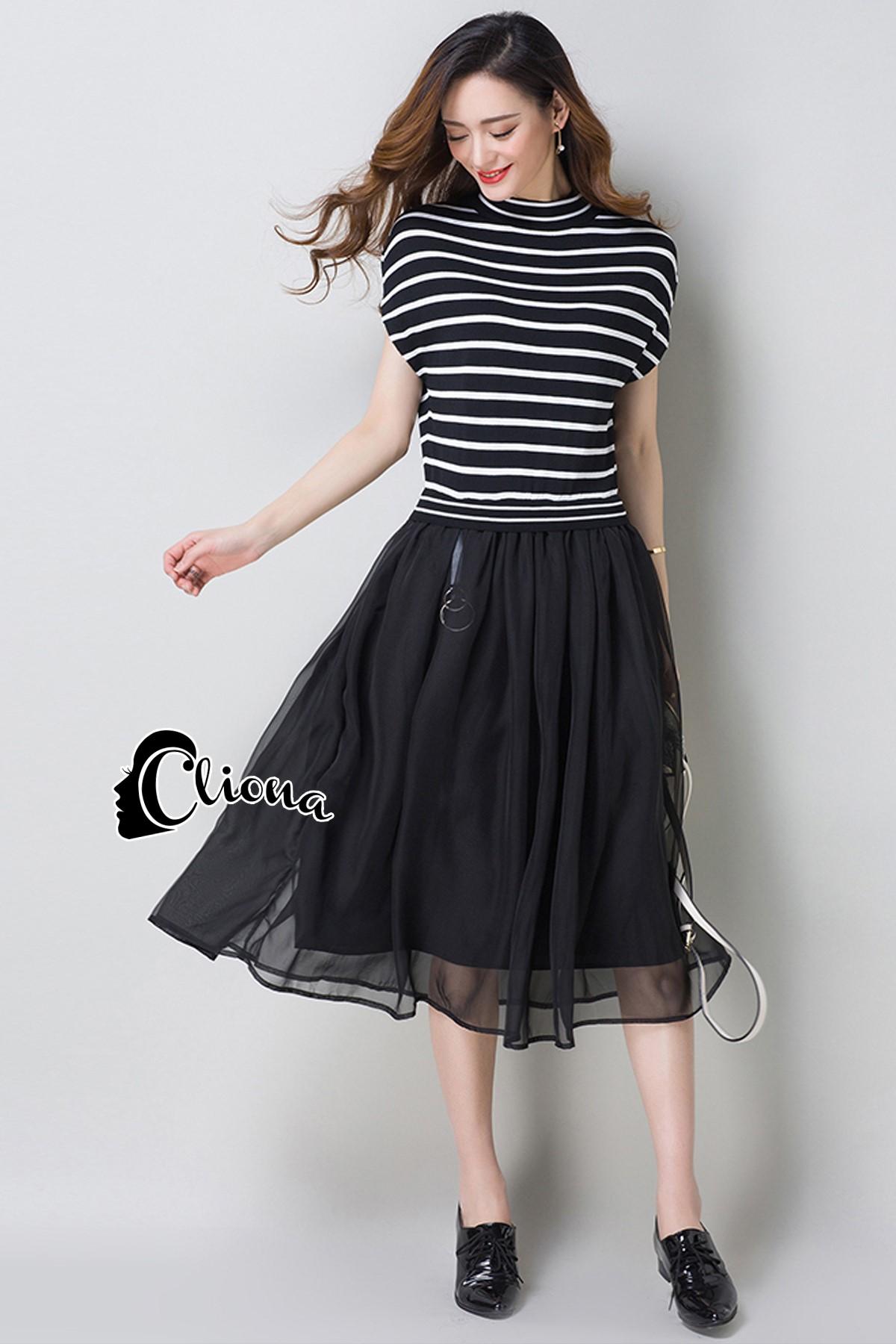 ชุดเดรสเกาหลี พร้อมส่งGivenchy Stylish Hot B&W Dress