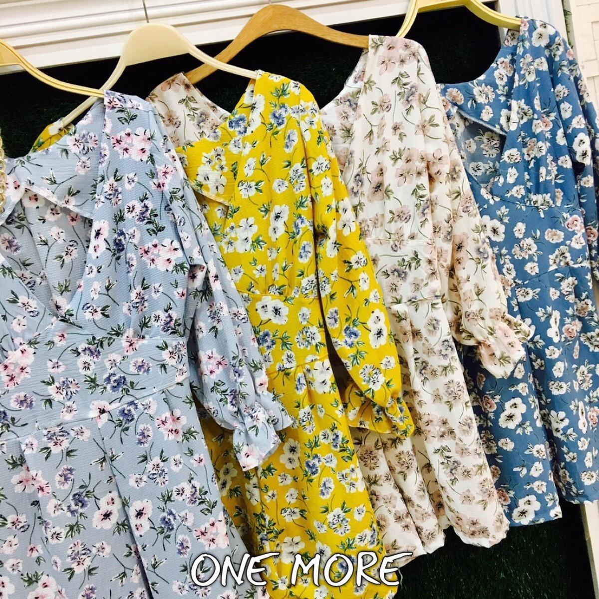 เสื้อผ้าเกาหลีพร้อมส่ง จั้มสุทลายดอกซากุระ