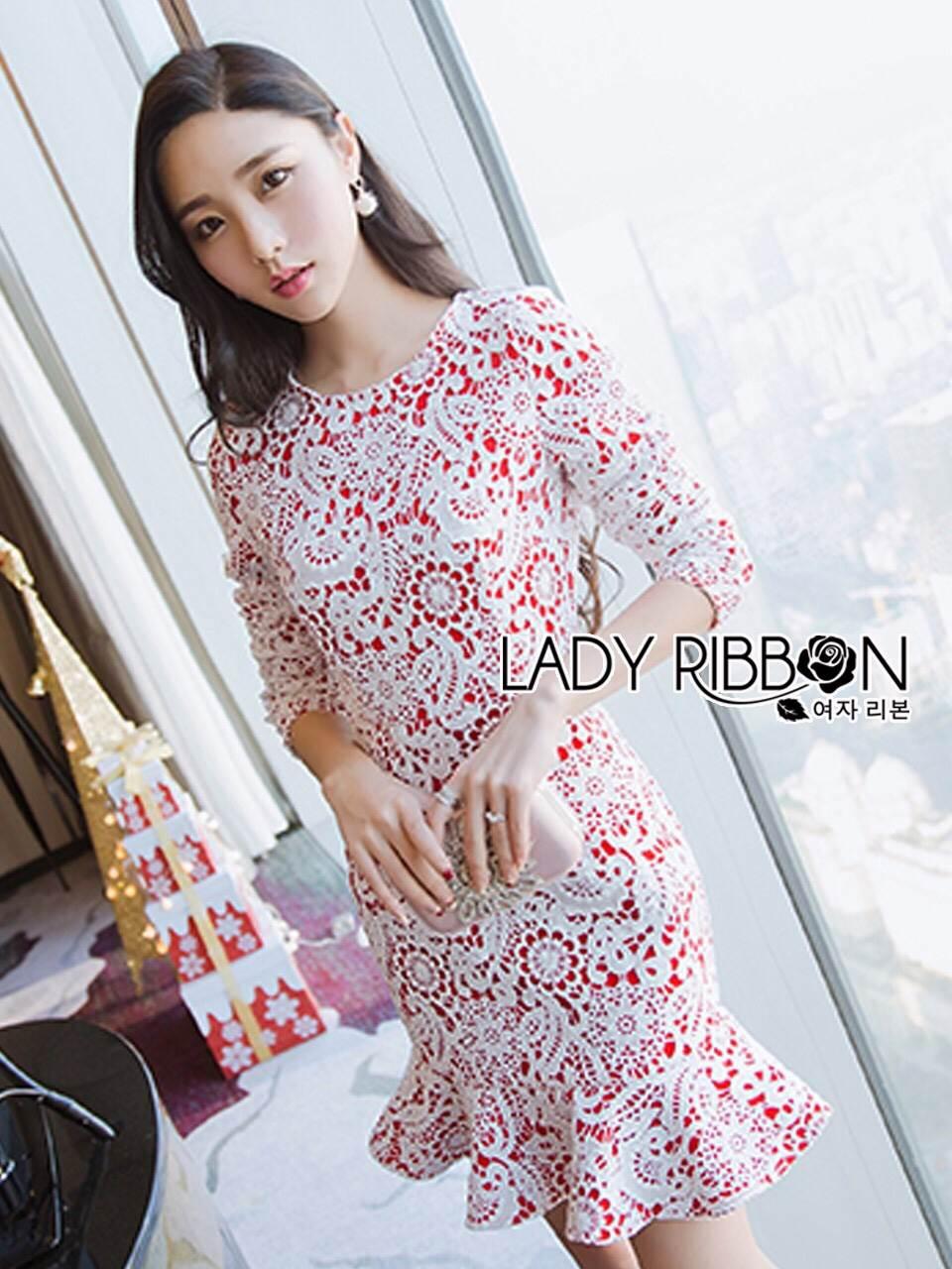 ชุดเดรสเกาหลี พร้อมส่งเดรสผ้าลูกไม้สีขาวทับผ้าเครปสีแดงสุดหรู