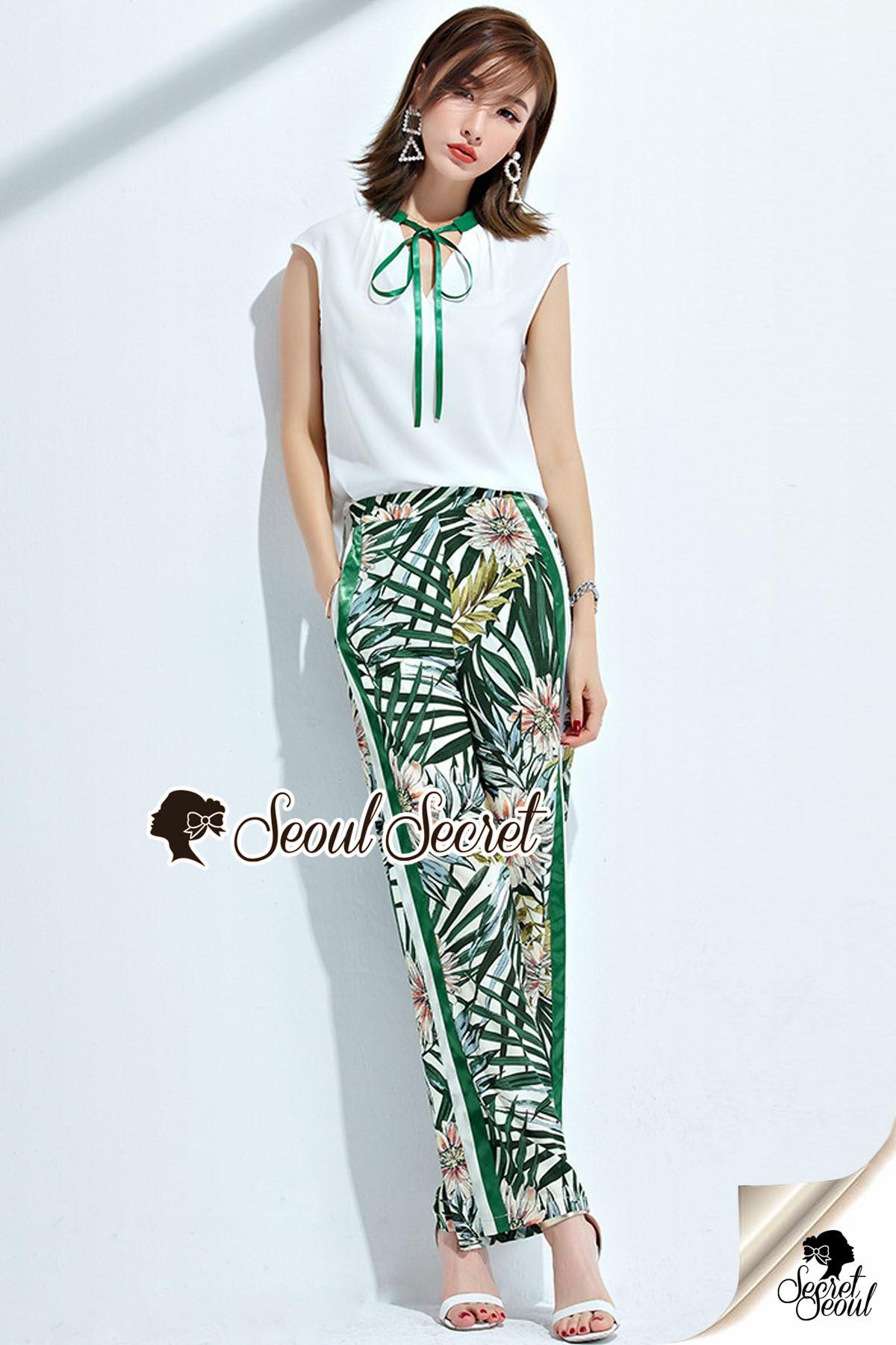 เสื้อผ้าเกาหลีพร้อมส่ง Shamrock Summer Print Pants Blouse Set