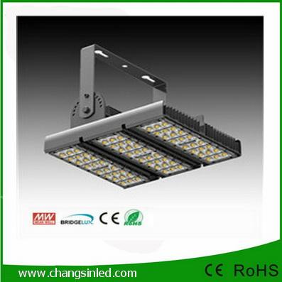 โคมไฟสปอร์ตไลท์ LED ไฟส่องเอนกประสงค์ 90W-120W