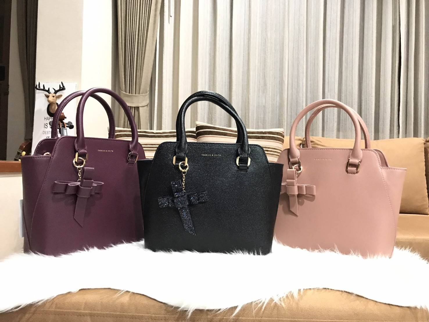 Charles & Keith Trapeze Bag 2018 *สินค้าoutlet