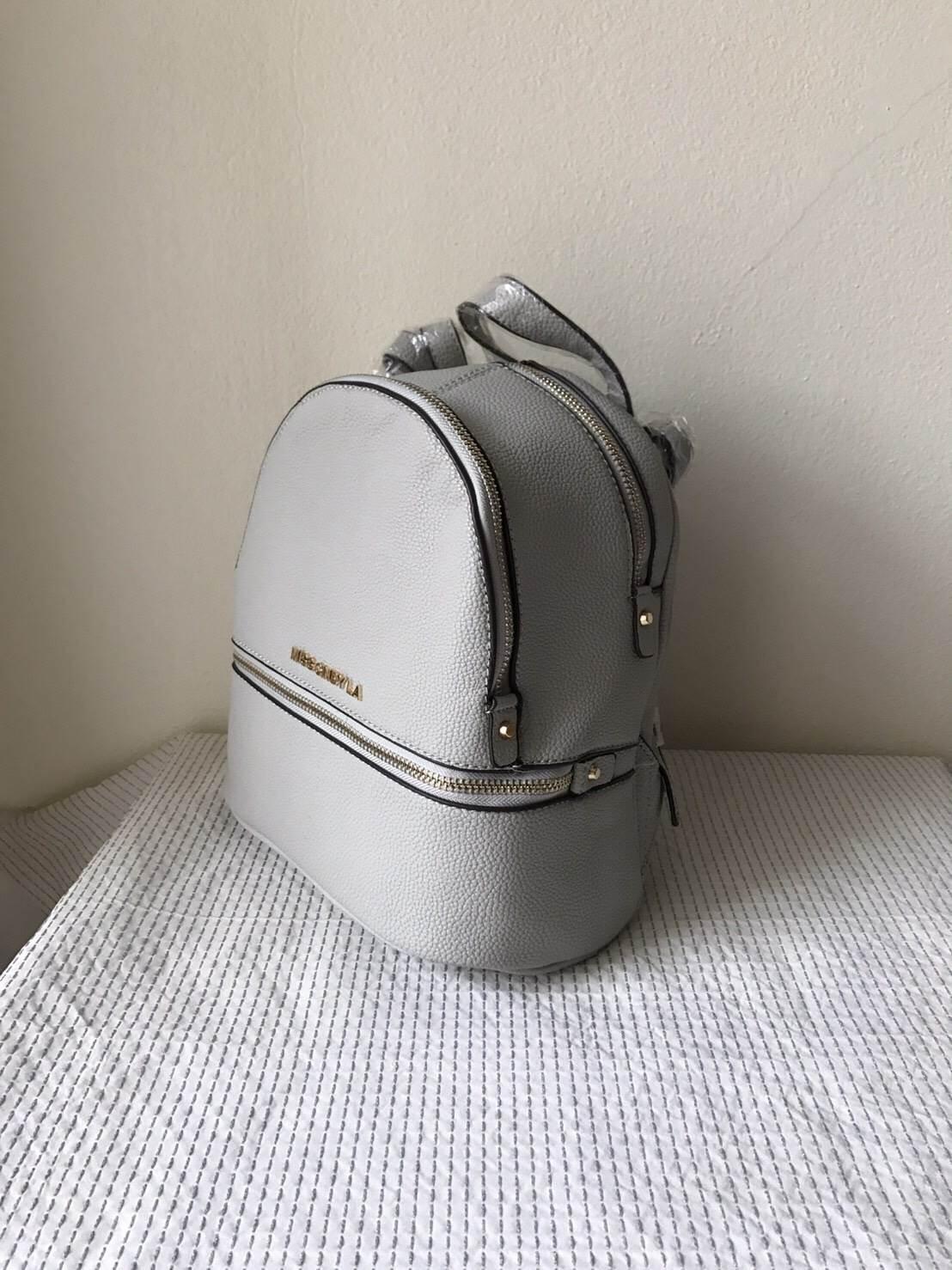 กระเป๋า La Chapella Mini back pack ราคา 990 บาท Free Ems