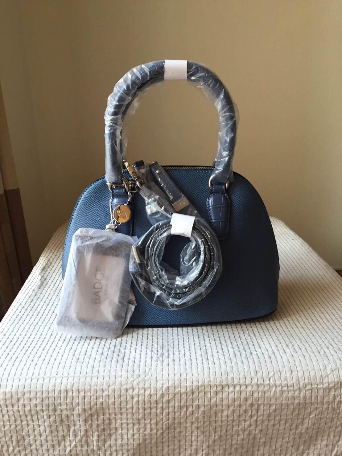 กระเป๋าหนัง Carpisa แบรนด์ดังจากอิตาลี หนัง saffiano ใบเล็ก สี Navy