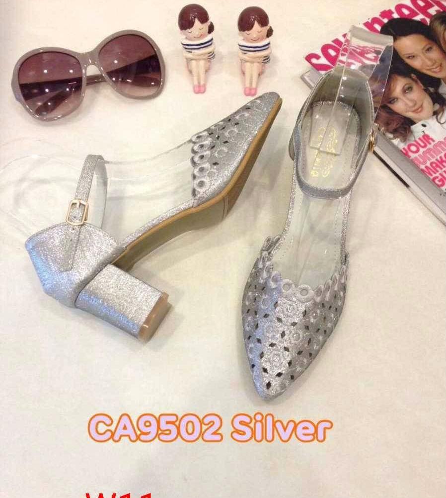 รองเท้าคัทชู รัดส้น ส้นเตี้ย แต่งลายฉลุสวยหรู หนังนิ่ม ทรงสวย ใส่สบาย ส้นสูงประมาณ 2.5 นิ้ว แมทสวยได้ทุกชุด (CA9502)