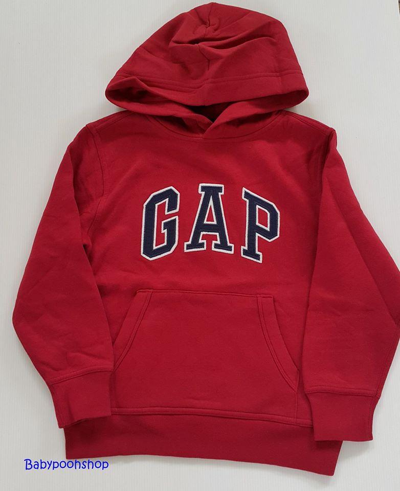 Gap : เสื้อกันหนาวแบบสวม ปักโลโก้ Gap สีแดง ข้างในบุผ้าสำลี size : S (6-7y) / M (8-9y)