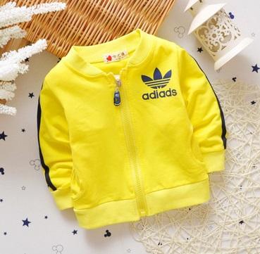 Pre-order เสื้อ / แพ็คละ 4 ตัว / เหลือง ( สินค้าลิขสิทธิ์ )