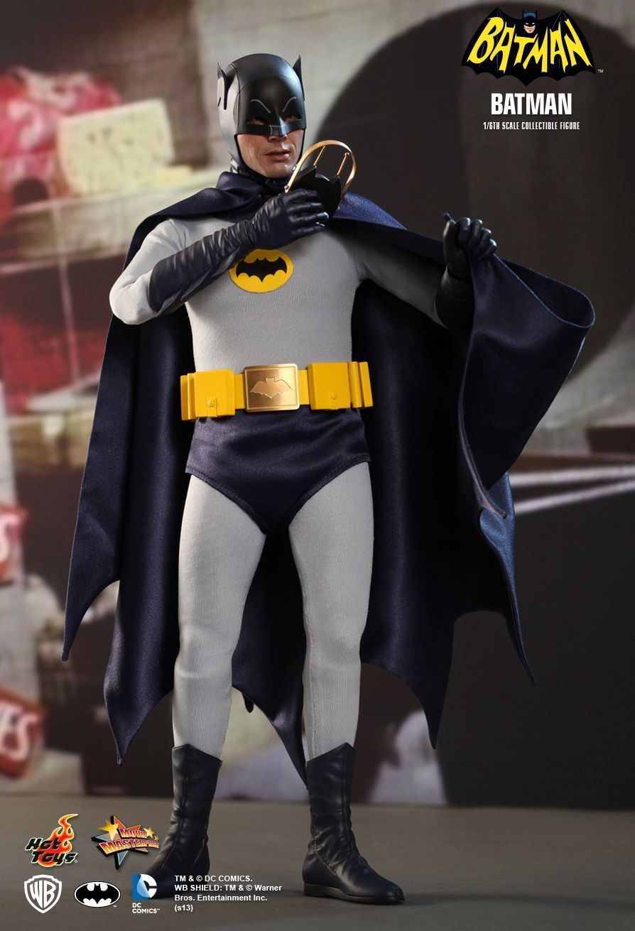 HOT TOYS MMS218 Batman (1966) - BATMAN