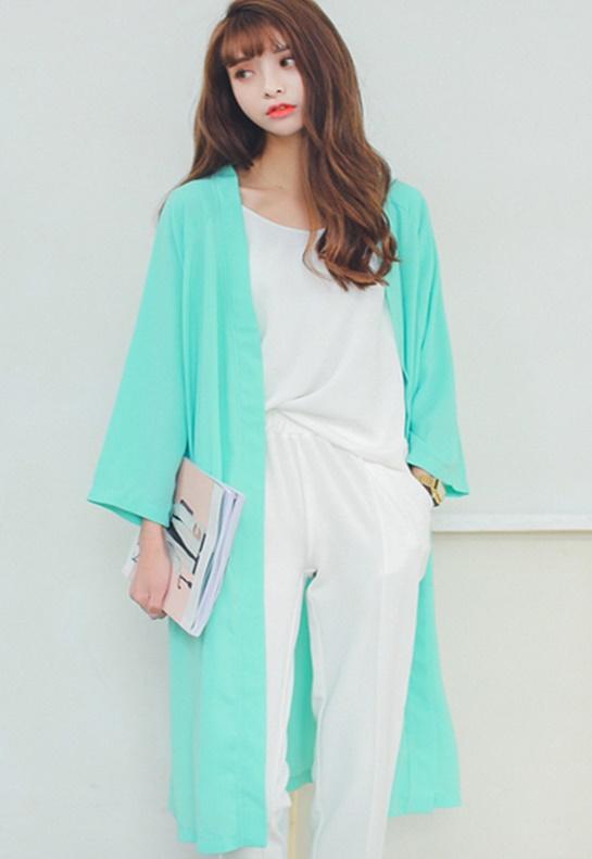 เสื้อคลุมแฟชั่น พร้อมส่ง : เสื้อคลุมสีเขียวมินท์ตัวยาวผ้าพริ้วๆ น่ารักมากจ้า