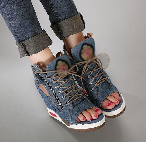 รองเท้าผ้าใบหุ้มข้อเสริมสูงแฟชั่นเกาหลี