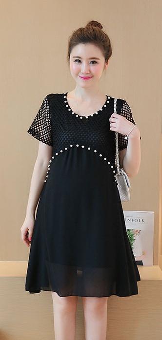 ชุดคลุมท้องผ้าฉลุสีดำ ประดับด้วยลูกปัดมุก ด้านล่างเป็นผ้าชีฟองเบาสบาย มีซับใน M,L,XL,XXL
