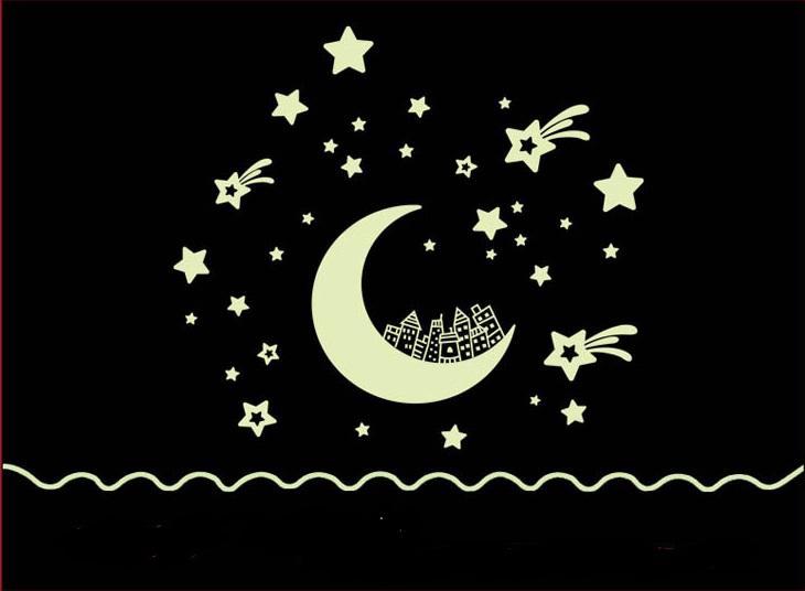สติ๊กเกอร์เรืองแสงลายพระจันทร์เสี้ยว