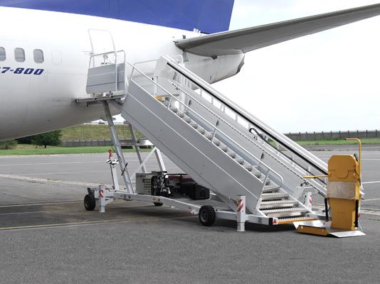ลิฟต์ขึ้น-ลงเครื่องบิน Ikaros Airplane access lift