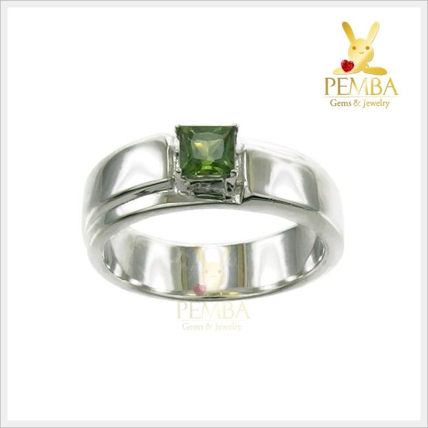 แหวนเขียวส่องแท้ สี่เหลี่ยม