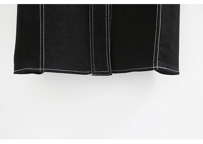 เสื้อยีนส์ผู้หญิง แจ็คเก็ตยีนส์ เสื้อคลุมยีนส์ แฟชั่นสไตล์สตรีท ตัวยาว สีดำ ตัดตะเข็บสีขาว แขนยาว มีกระเป๋า 2 ข้าง กระดุมแป็ก คอปก เท่ ดุ สวยมากๆ