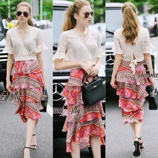 Normal Ally Present Casual summer V-neck bow back shirt and vintage print layer skirt set&#x1F389 (เสื้อ + กระโปรง, มีซับในอย่างดี)