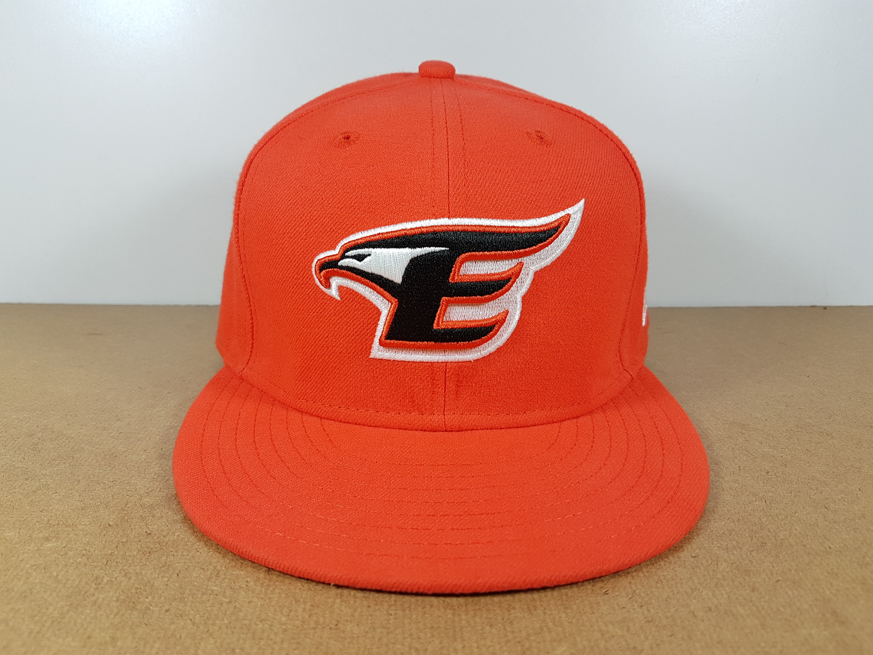 New Era KBO ทีม The Hanhwa Eagles ไซส์ 7 3/8 ( 58.7cm )