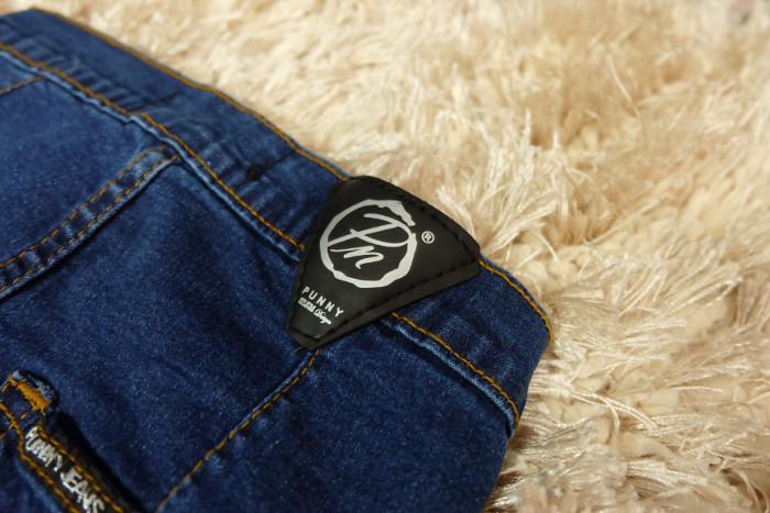 กางเกงยีนส์เอวสูง