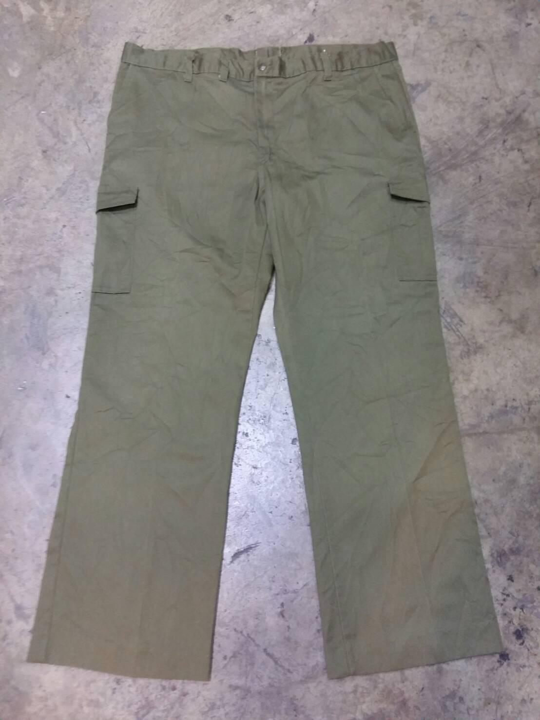 1.กางเกง boy scouts of america เอว 44 วัดจริง เอว44 ยาว 30.5 ทั้งตัวยาว 42.5 ปลายขา 10 สภาพ 75 %