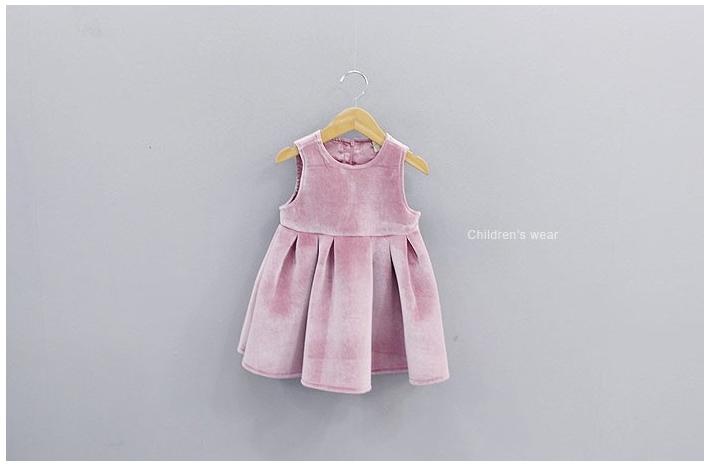 ชุดกระโปรง สีชมพู แพ็ค 5ชุด ไซส์ 100-110-120-130-140
