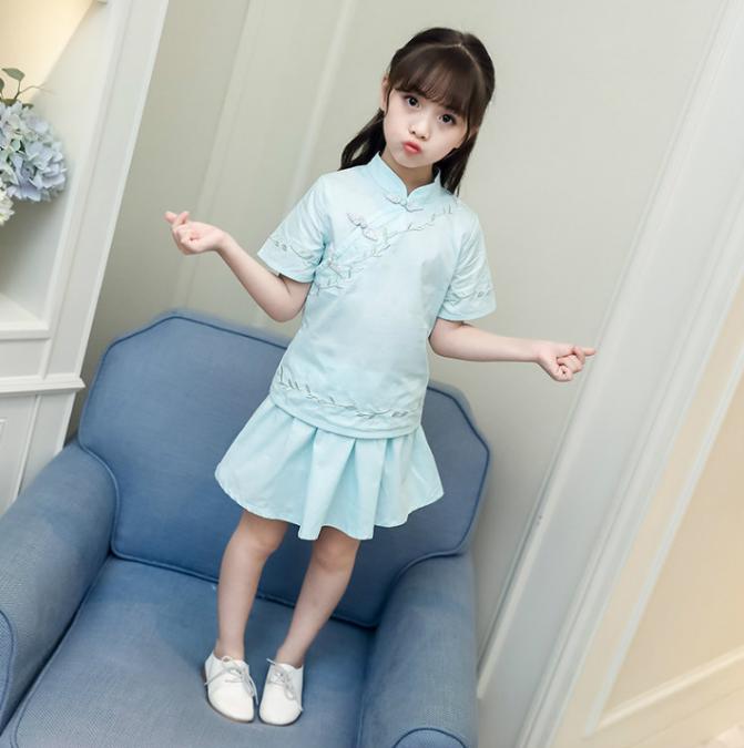 เสื้อ+กระโปรง สีฟ้า แพ็ค 5 ชุด ไซส์ 110-120-130-140-150 (เลือกไซส์ได้)