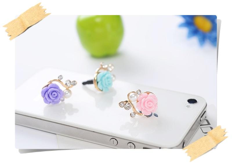 จุกกันฝุ่นมือถือ ดอกไม้แสนหวานประดับมุก สำหรับเสียบกันฝุ่นรูหูฟังและเพื่อความสวยงามสำหรับ iphone samsung htc oppo lg sony nokia asus หรือมือถือที่มีหูฟังขนาด 3.5 มม. / 3.5mm. Anti Dust Earphone Cap Jack Plug