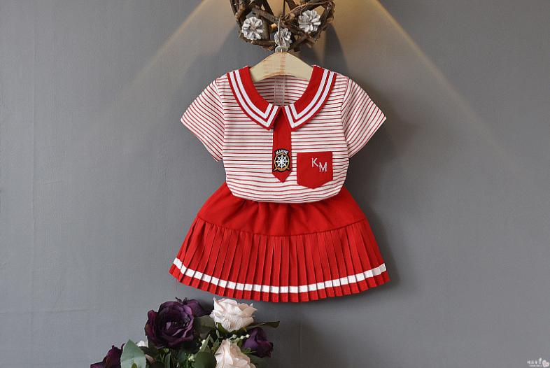 เสื้อ+กระโปรง สีแดง แพ็ค 5ชุด ไซส์ 100-110-120-130-140
