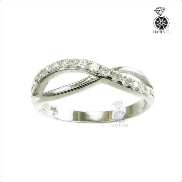 แหวนเงินแท้ ประดับเพชรCZ รูป Infinity สุดเก๋ใส่ติดนิ้วได้ทุกโอกาส