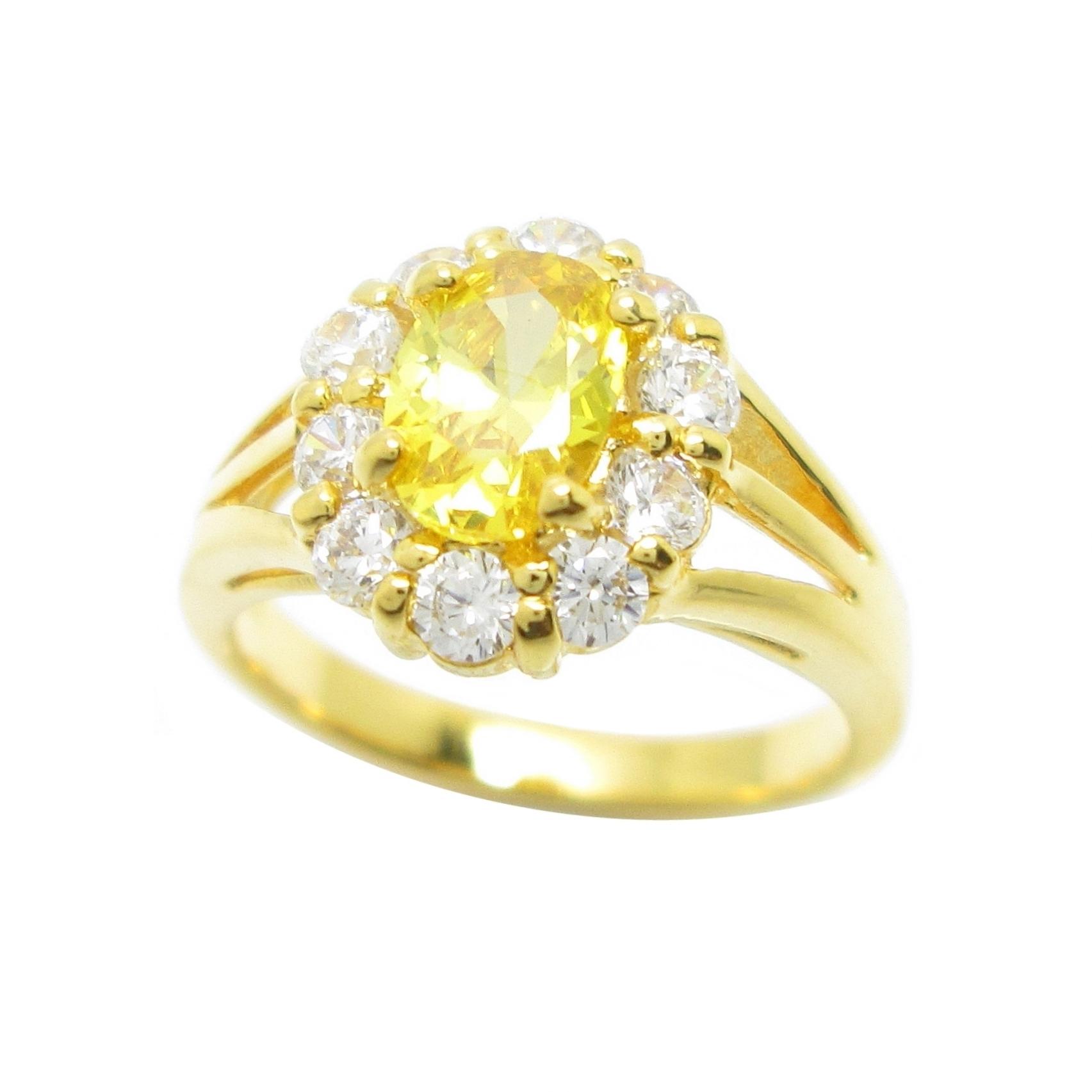 แหวนดอกไม้เพชรล้อมพลอยบุศราคัมชุบทอง