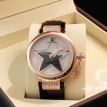 [Preorder] นาฬิกาแฟชั่น The Star The counter genuine stars quicksand drill Rhinestone Korean version of Korean fashion exquisite watches fashion table Ms.