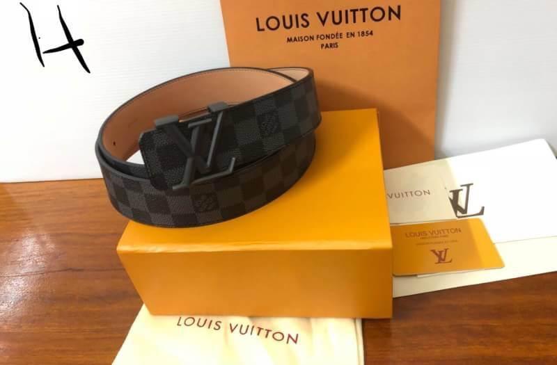 เข็มขัด Lv Louis Vuitton หนังแท้ งาน hiend / ดีที่สุด
