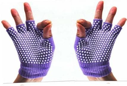 ถุงมือโยคะ กันลื่น คุณภาพสูง สีม่วงเม็ดสีขาว