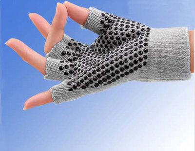 ถุงมือโยคะ กันลื่น คุณภาพสูง สีเทา