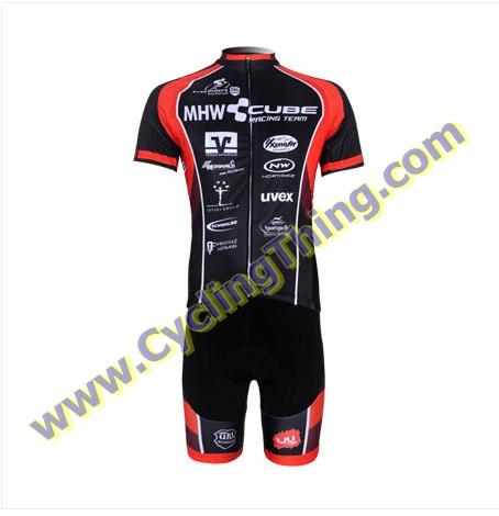พรีออเดอร์ ชุดปั่นจักรยาน เสื้อปั่นจักรยานแขนสั้น + กางเกงปั่นจักรยานขาสั้น สำเนา