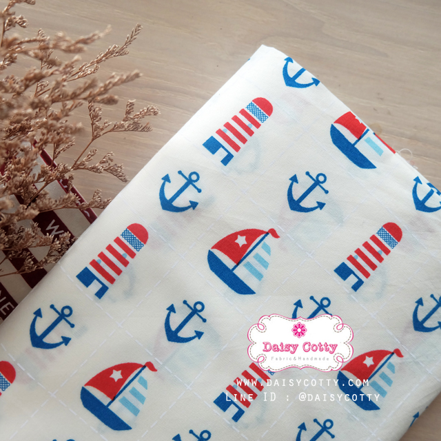 ผ้าคอตตอนไทย 100% 1/4 ม.(50x55ซม.) พื้นสีขาวออพไวท์ ลายเรือ