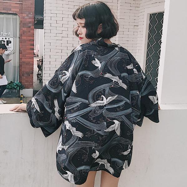 *Pre Order*Cardiganเสื้อคลุมสไตล์กิโมโนญี่ปุ่น one size สีขาว/ดำ