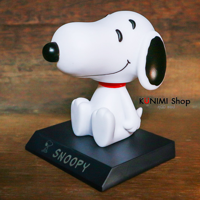 ตุ๊กตาส่ายหัว Snoopy วางในรถยนต์ หรือ ตู้โชว์ สวย น่ารัก