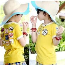 เสื้อยืด คอกลม สีเหลือง แขนสั้น มีลายอามด้านหลัง น่ารัก สไตล์เกาหลีค่ะ