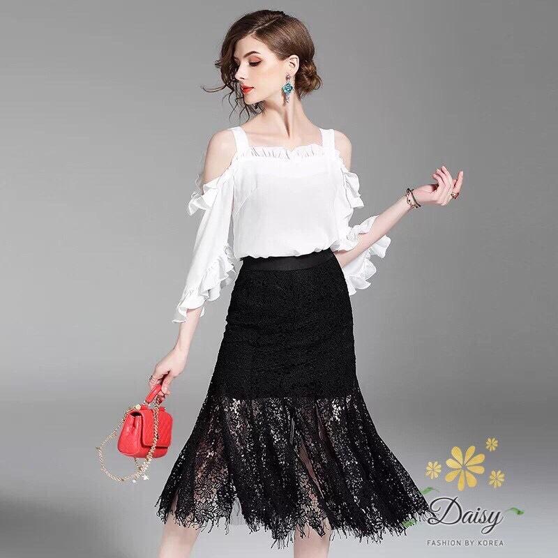 ชุดเซทแฟชั่น ชุดเซท เสื้อ+กระโปรง เป็นผ้าลูกไม้ลายสวย เสื้อแบบเปิดไหล่ชีฟองเกาหลี