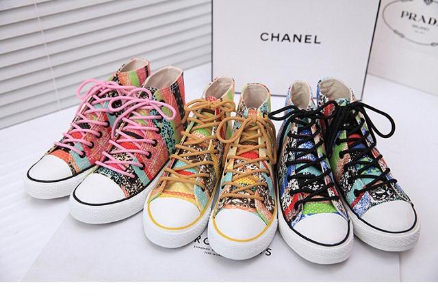 Pre รองเท้าผ้าใบแฟชั่นเกาหลีพื้นหนา รองเท้ากีฬาผู้หญิง ลายกราฟฟิก