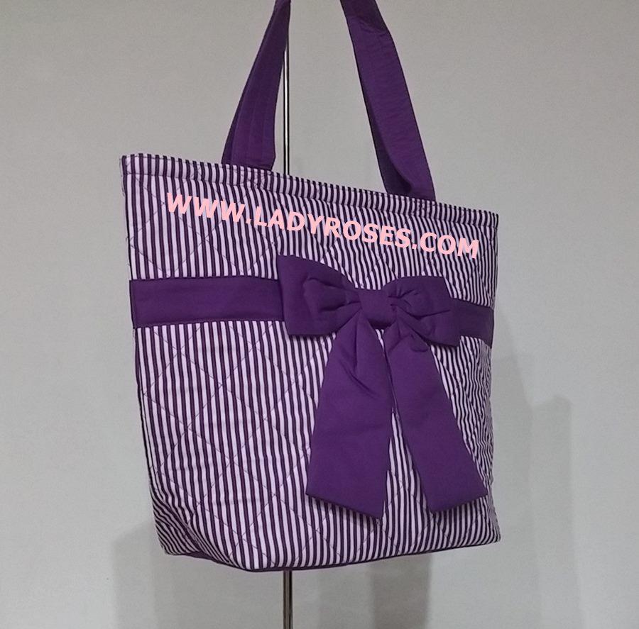 กระเป๋าสะพาย นารายา ผ้าคอตตอน ลายทาง สีม่วง-ขาว ผูกโบว์ (กระเป๋านารายา กระเป๋าผ้า NaRaYa กระเป๋าแฟชั่น)